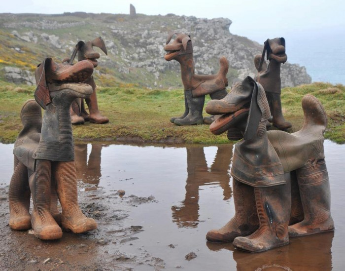 boot-dogs