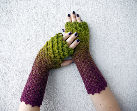 fingerless-dragonscale-mittens