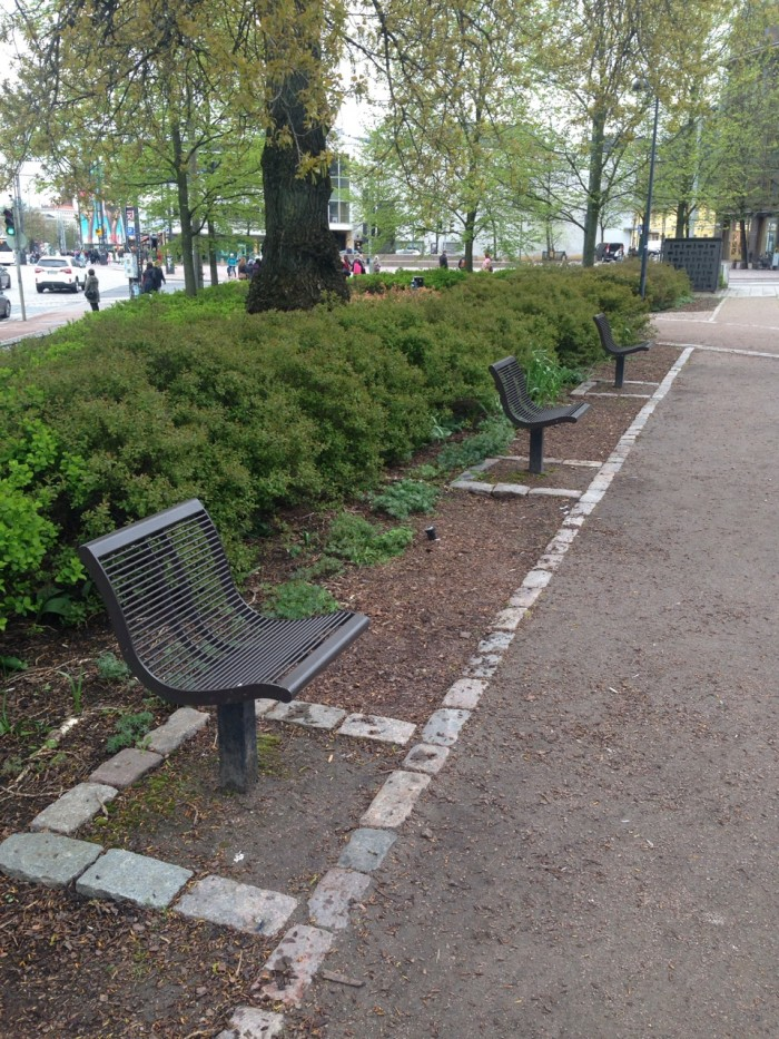 finland-single-person-benches